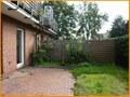 Erdgeschosswohnung mit Terrasse & kleiner Grünfläche!