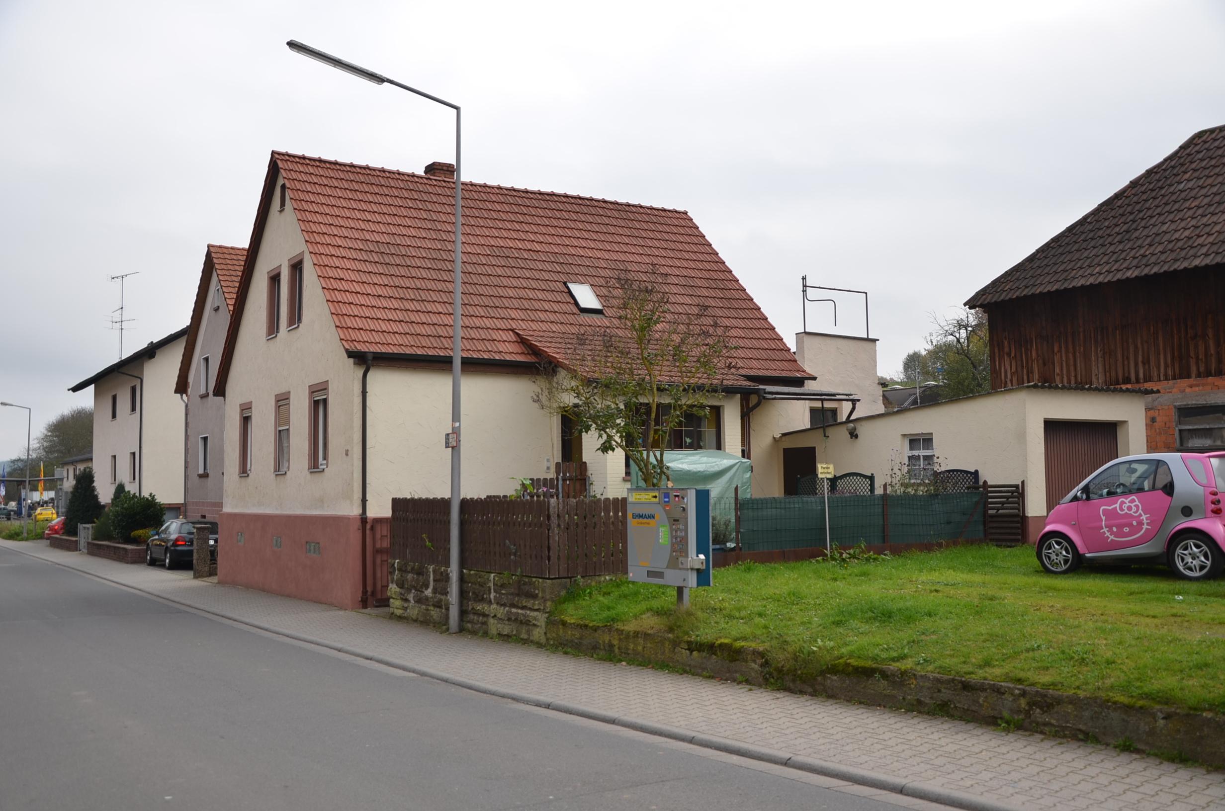 *HTR Immobilien GmbH* Gem�tliches 1-2 Fam.-Wohnhaus + ELW, Garage, kleiner Garten