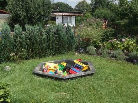 Garten, ca. 300qm mit massiven Bungalow in Werdau abzugeben