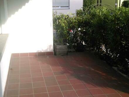 3 ZKB mit Terrasse und Gartennutzung in 3 FH