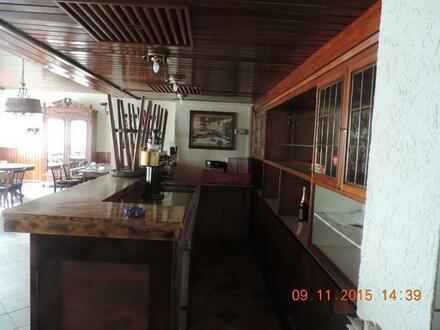 3 Zimmer, Küche, Tageslicht-Bad, Gäste-WC, ca. 145 qm in Bendorf-Stromberg preiswert zu vermieten