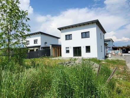 Erstbezug Neubau: Doppelhaushälfte (94m²) am Stadtrand von Fürstenfeld! Erstbezug! Provisionsfrei