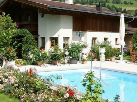Romantisches Landhaus in idyllischer Lage mit bezauberndem Garten