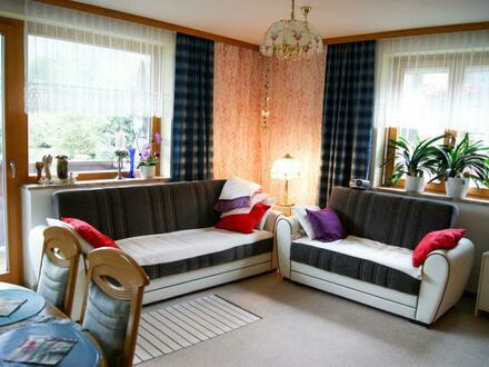 3 Zi. Wohnung mit Balkon in zentrumsnaher Ruhelage