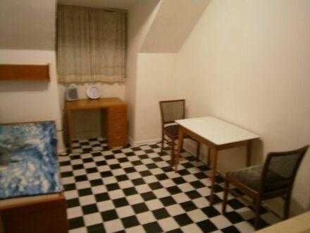 möbliertes Zimmer am Bahnhof