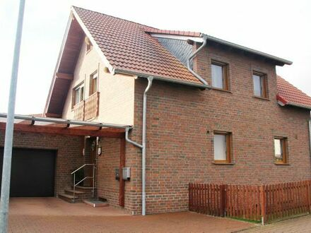 Ein gepflegtes Einfamilienhaus mit 3ZKB Einliegerwohnung
