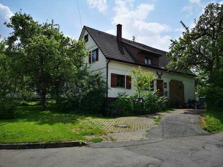 Großes Einfamilienhaus im Grünen 7-9 Zimmer für Selbstrenovierer