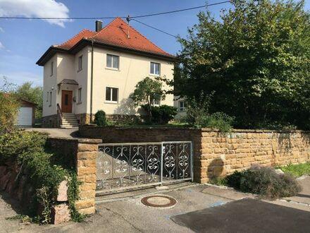 Einfamilienhaus mit Balkon, Garage und großem Garten zu vermieten - BILDER: www.quoka.de