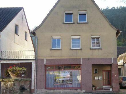 Wohnhaus mit 2 Wohnungen in der Dorfmitte von Vorderweidenthal