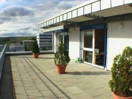 2 * 166qm inkl. 60 Terrasse grosse Pentouse Büros in guter Lage von Leonberg