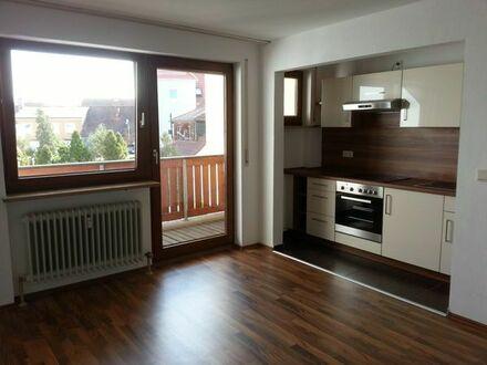 Tolle kleine 2-Zimmer-Wohnung mit Balkon zentral in Neumarkt