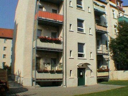 preiswerte und ruhige 2-Zi-Wohnung mit Südbalkon