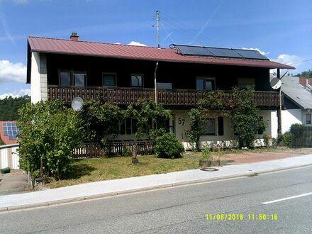 3-Fam.Haus mit über 1500qm Grundstück und modernste Heizanlage