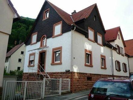 1-2 Familien- Doppelhaushälfte mit Stil und Charme