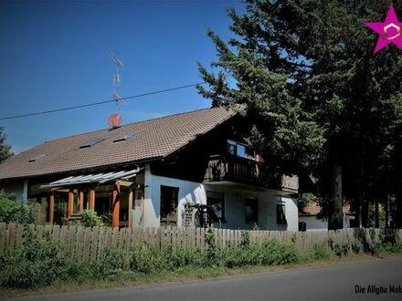 Großes Einfamilienhaus mit viel Platz für Ihre Familie und schönem Garten
