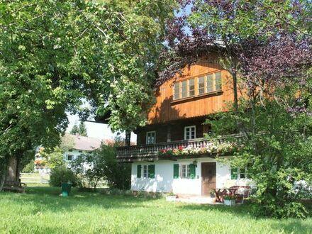 Großes altes Bauernhaus in Gaißach zu vermieten