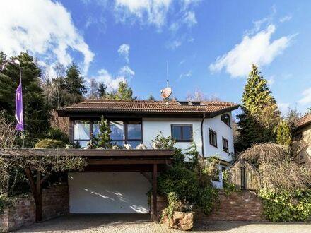 Einfamilienhaus in Waldrandlage mit tollem Grundstück