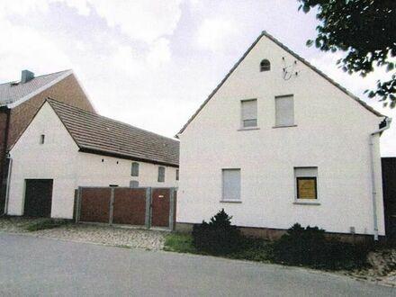 Einfamilienhaus mit sehr viel Nebengelass Radis bei 06773 GHC