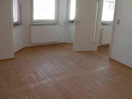 Schöne helle 34 qm Wohnung, Apartment, renoviert, KM 250 EUR