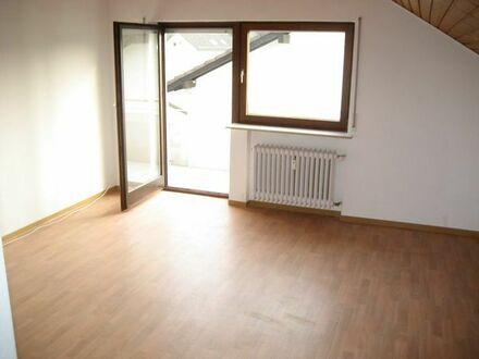 Rimbach 3-Zimmerwohnung 61qm 2.OG./DG., mit Balkon, PkW Stellplatz nahe Weinheim + Heppenheim