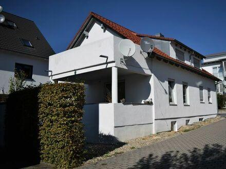 Schönes freistehendes Haus mit einer Einliegerwohnung in Mötzingen