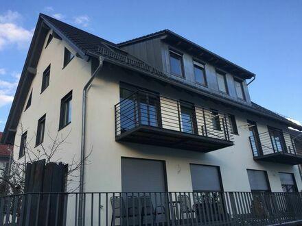 Neubau - Erstbezug einer luxeriösen, teilmöblierten 4, 5 Zi. Maisonette Wohnung
