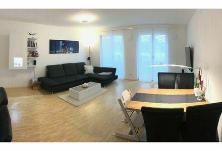Ruhige, großzügige Dachterrassen-Wohnung direkt an S-Bahn Pasing