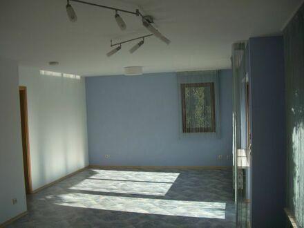 Schöne, helle 1-2 Zimmer EL-Wohnung an Wochenendheimfahrerin / Pendlerin zu vermieten
