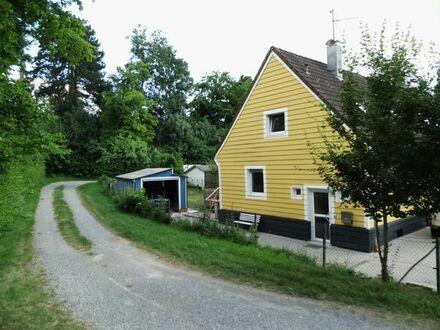 Reiheneckhaus im grünen mitten in Böblingen (Von Privat)