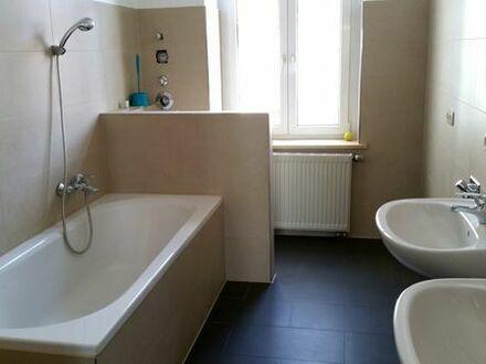 Altbauwohnung, neu renoviert, gemütlich, provisionsfrei sucht neuen Bewohner!!!