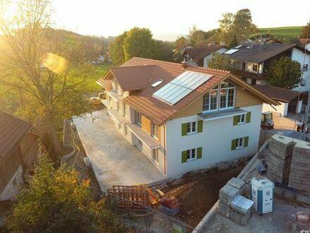 Erstbezug: exklusive 3-Zimmer-Dachgeschosswohnung mit Balkon in Huglfing
