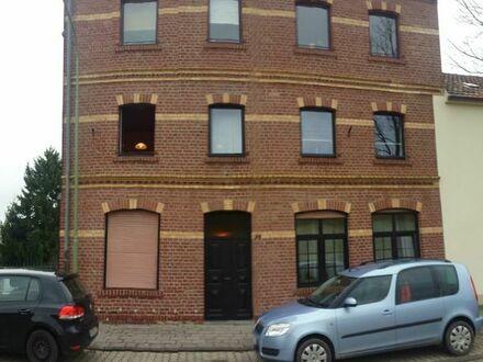 Helle 3-Zimmer Wohnung 73 qm Altbau ab 01.06.