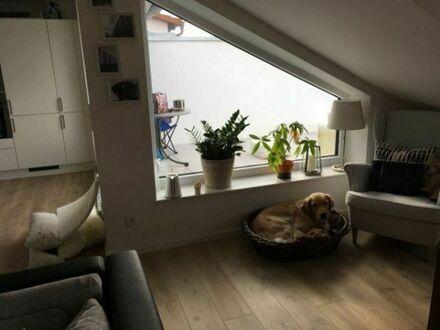 Wunderschöne helle 2-Zi Wohnung zu vermieten