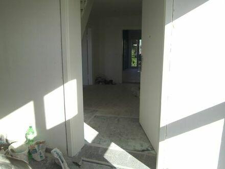 5 Zimmer Maisonette-Wohnung mit zwei Balkonen