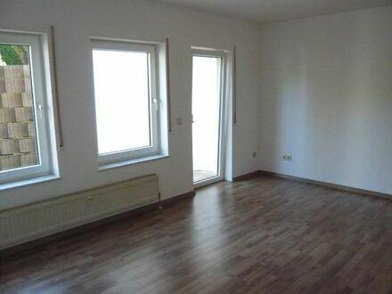 LEIMEN: Helle freundliche 2,5 ZKB, 54 m2, Souterrain, Südterrasse, Gartenanteil, Stellplatz