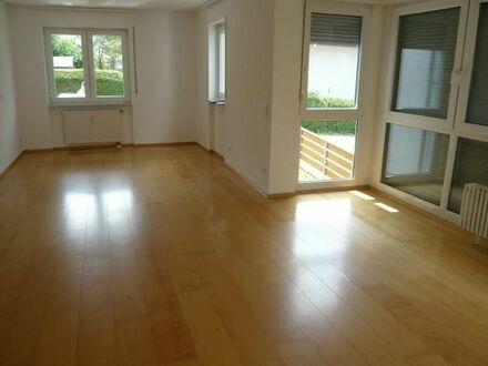 Nußloch: ruhig u. zentrumsnah 2 ZKB 50 m2, EG, 6 FH, Bj. 94, EBK, Stellplatz
