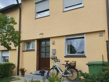 Roth - Reihenmittelhaus Nähe Bahnhof