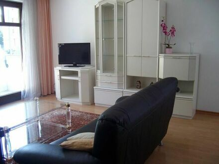 Schicke 2-Zimmer möblierte Wohnung in Bogenhausen zu vermieten