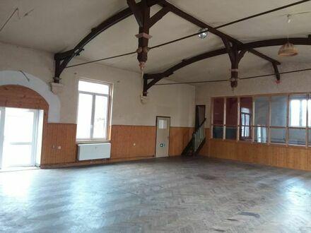 riesiges Atelier mit Eichenparkett und großen Fenstern bei Neuruppin