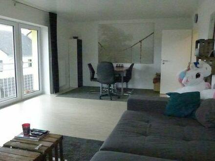 Tolle, helle 2,5 Zimmer Wohnung in Würzburg-Estenfeld, ca. 60 qm, EBK, SP, frei ab 1.8.2019