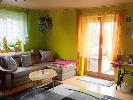 Großzügige City-Wohnung ! 4,5-Zimmer mit EBK, Balkon und Tiefgaragen-Stellplatz