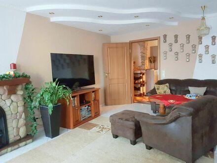 Gemütliche 3-Zimmerwohnung mit Tiefgaragenplatz im Herzen von Kirchheim