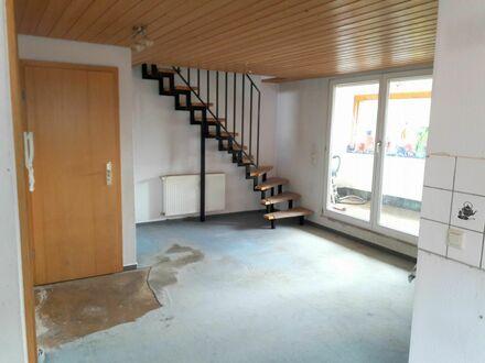 Citywohnung!6,5-Zimmer-Maisonettewohnung mit 2 Garagen - auch für Studenten WG geeignet in Nürtingen
