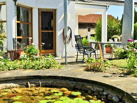Herrliche Doppelhaushälfte, liebevoll gehegt und gepflegt mit Garten, Terrasse, Balkon, Carport uvm.