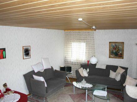 großzügiges Einfamilienhaus m. Einliegerwohnung,Garten,Doppelgarage mit Grube,Werkstatt m.Starkstrom