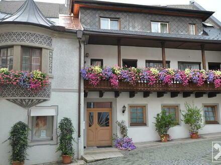 Historisches Wohn- und Geschäftshaus in Saalfelden