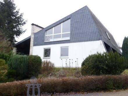 Bexbach - Wohnhaus mit Fernblick in bevorzugter Wohnlage von Bexbach