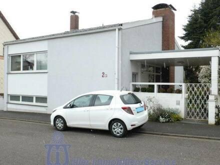 Homburg - Zeitlos elegantes Einfamilienhaus in Homburg