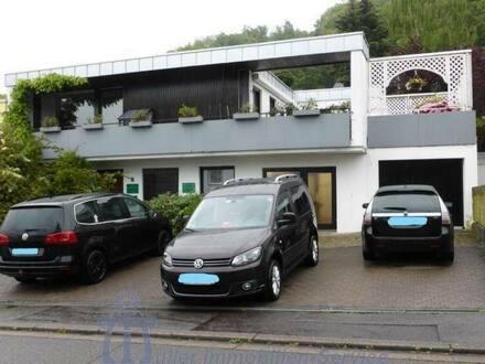 Homburg - Repräsentatives Wohnhaus mit Büro- oder Praxisräumen