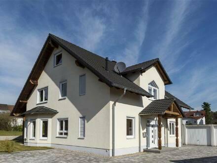Homburg - Freistehendes neuwertiges Einfamilienhaus in bevorzugter Wohnlage von Homburg